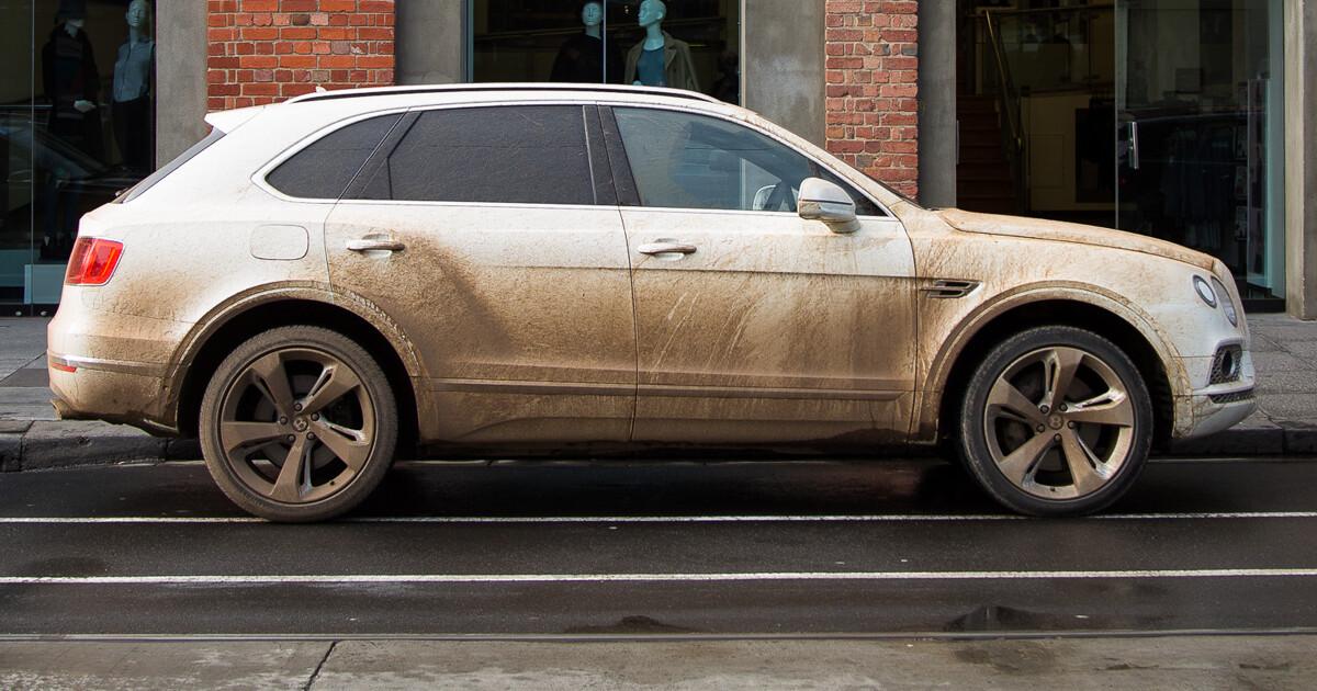 В России проданные Bentley Bentayga отправят на ремонт
