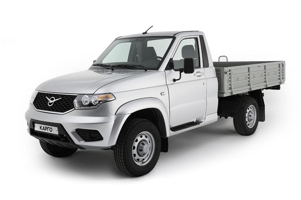 УАЗ запустил продажи улучшенного фургона Cargo