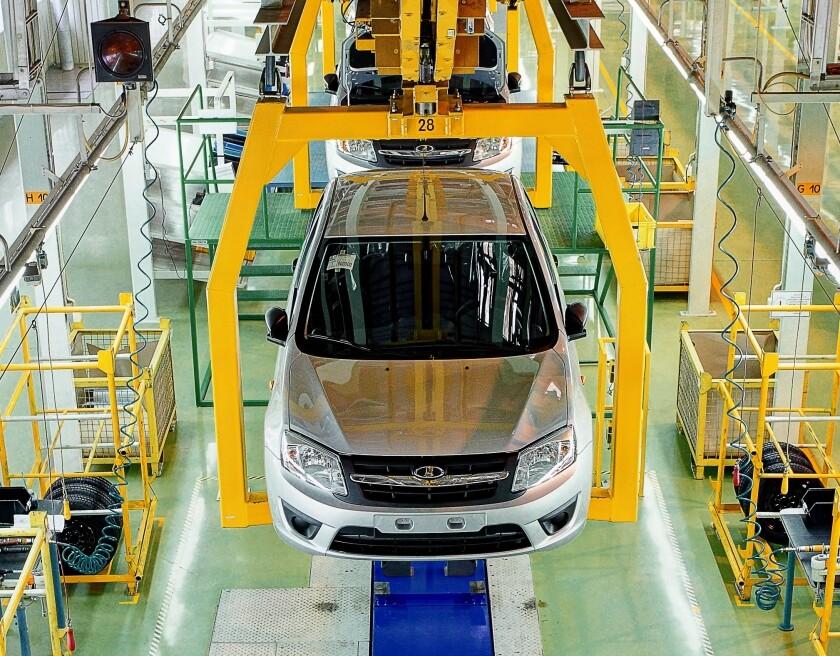 «АвтоВАЗ» закрывает производство Лада Granta наИжевском заводе