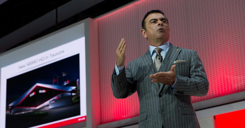 Карлос Гон покинет две должности в Nissan