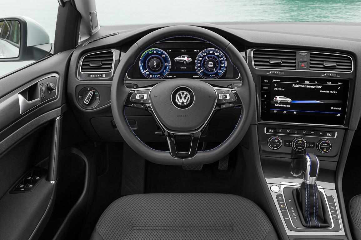 122990 7bf3b85573d3d6d6ecd1712bee26a354 - Тест обновлённого Volkswagen Golf в 3 эпизодах