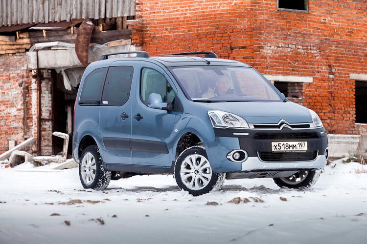 Тем временем компания Citroen решила порадовать нас ещё одним необычным  продуктом. Встречайте «минивэн-каблук» повышенной проходимости Berlingo  Trek. f83751583b1e9