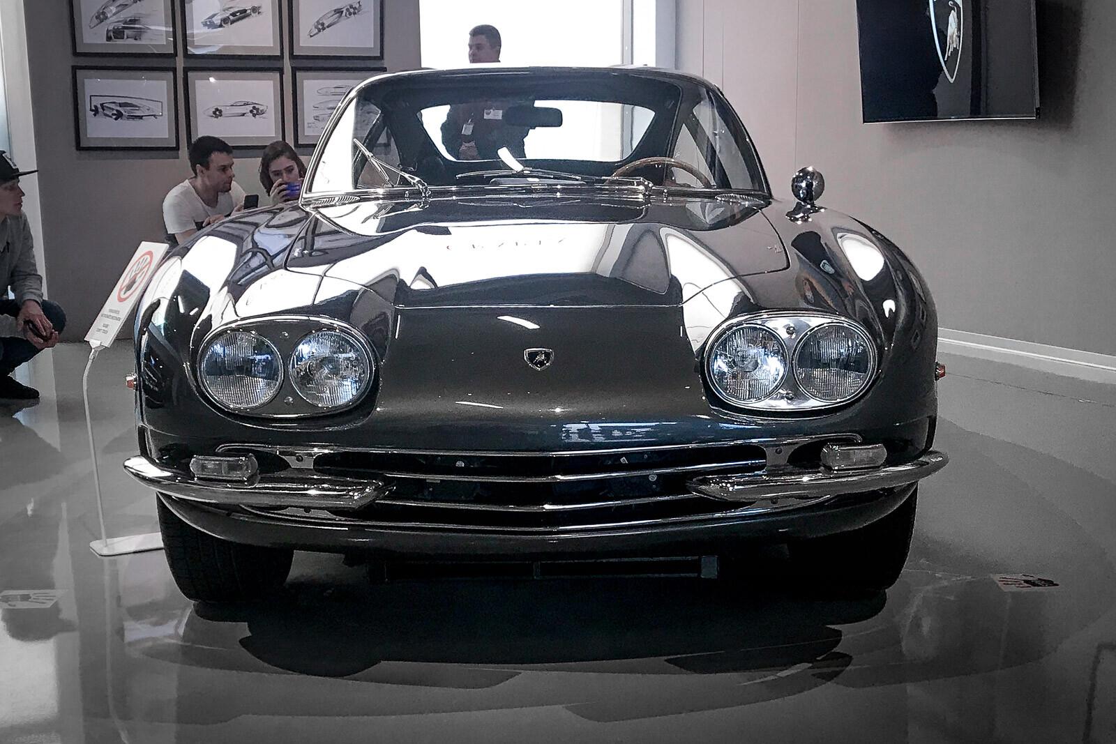 ВЭрарте открылась выставка бренда Lamborghini