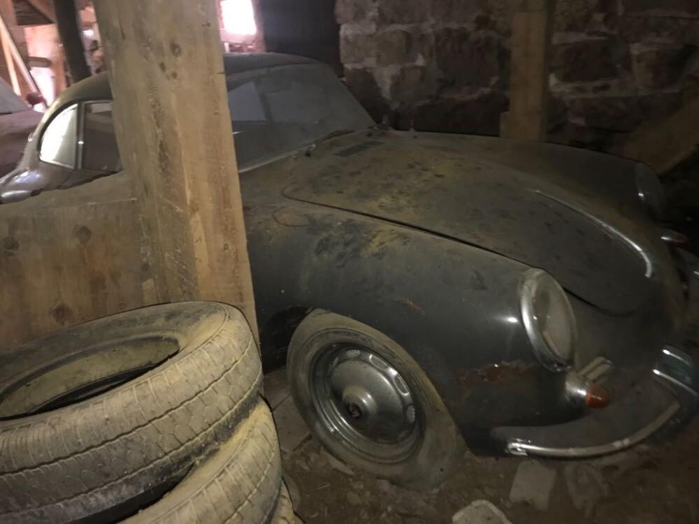 Забытый на40 лет вгараже ретрокар Porsche выставлен напродажу