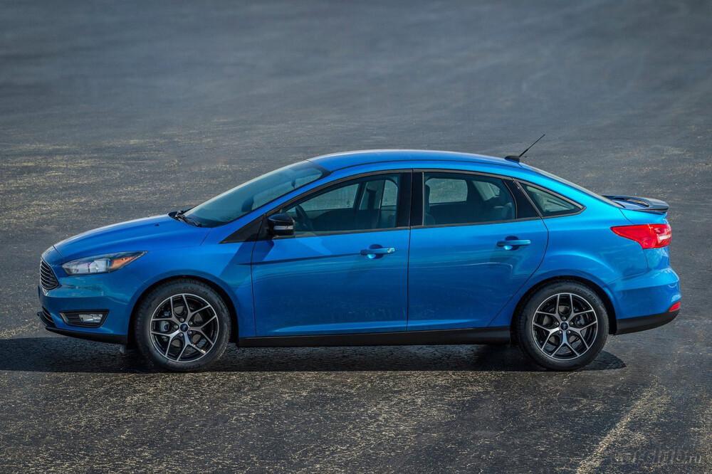 Форд отзывает в РФ 4 тысячи авто из-за сложностей сосцеплением