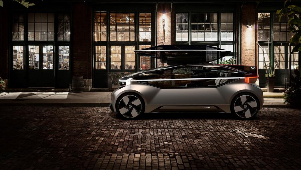 1000x0 - Volvo показала автомобиль, который будет сражаться с самолетами