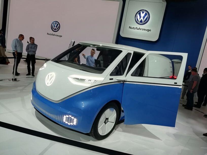 272006 b156c7a94132c87ce2640cdfbd07af61 - Новый Volkswagen Transporter: революционный дизайн (ретро)