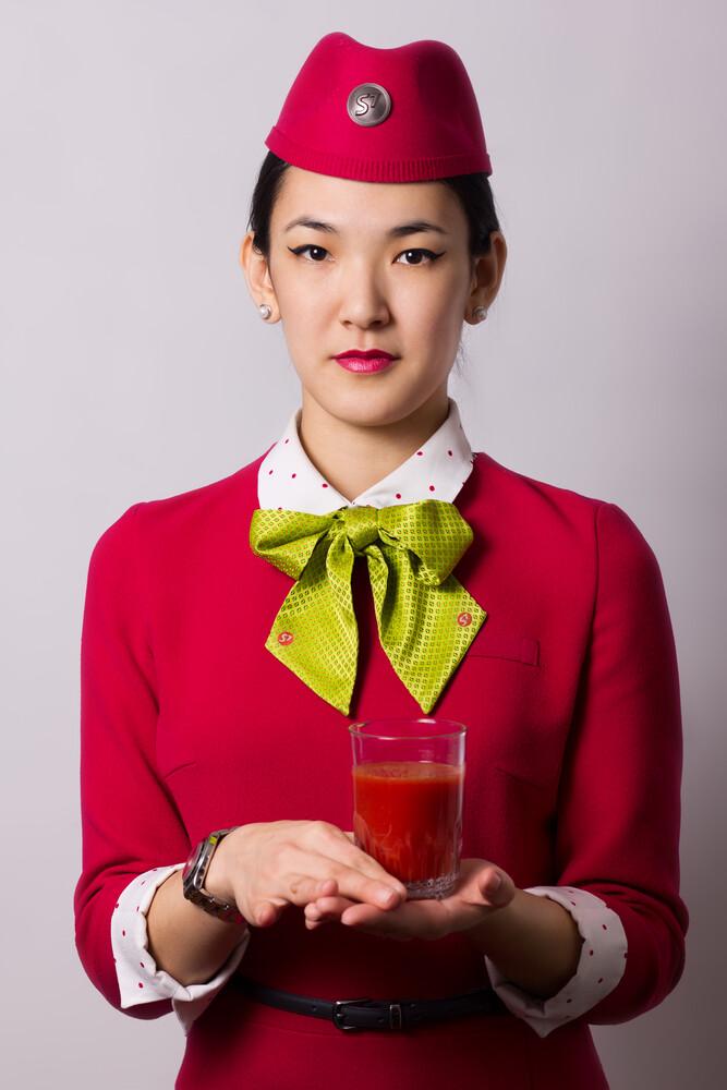 Почему мы пьем в самолетах томатный сок (и немного про вино)