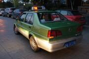Китай массово переводит автомобили на спирт