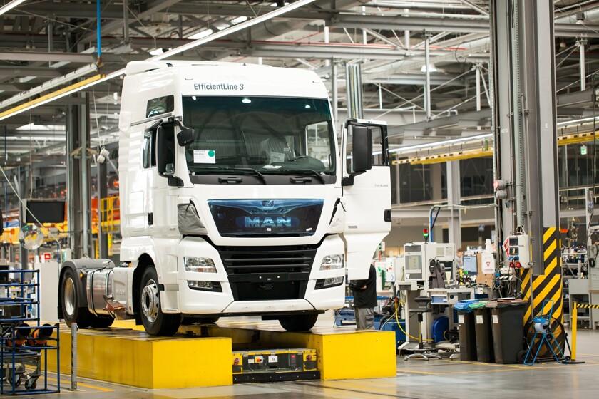 Автозавод выпускает с конвейера каждые 3 минуты рабочий конвейера отзывы