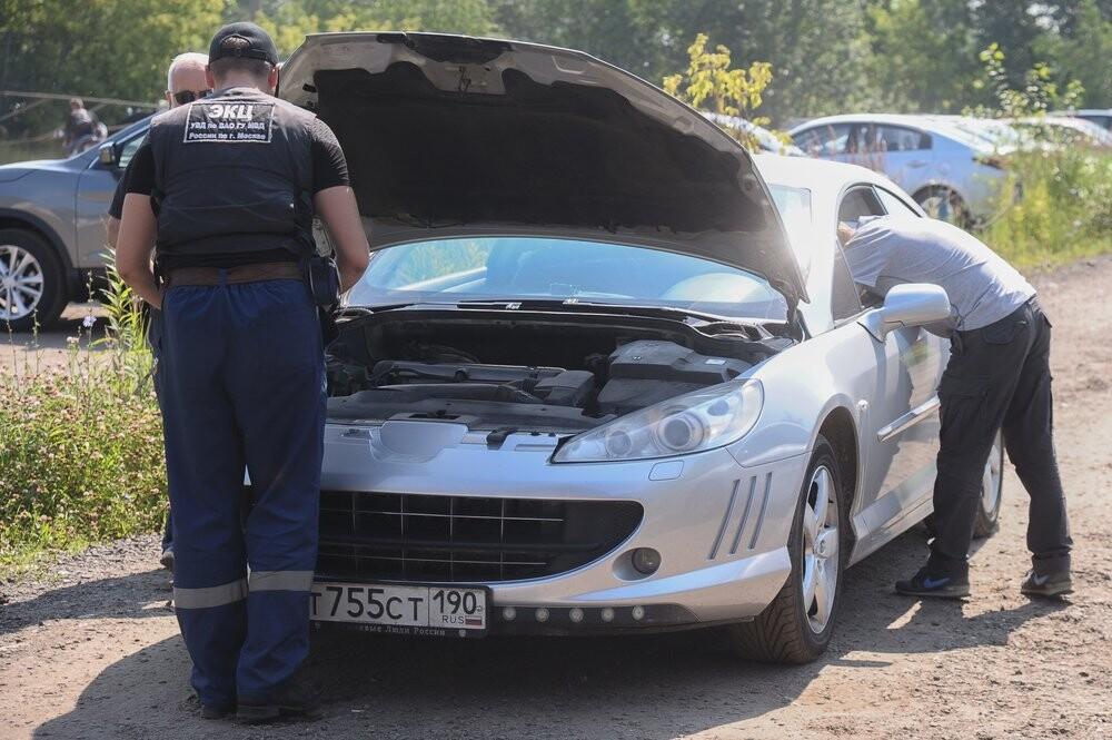 Государственная дума приняла закон обобязательной фотофиксации техосмотра авто