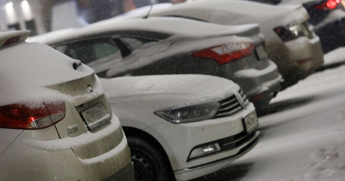 Почему обязательно осматривать машину перед стартом в мороз - автоновости