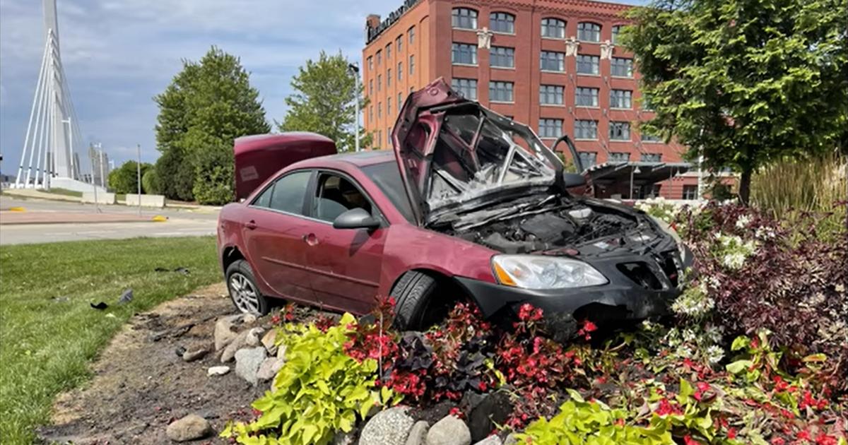 Заколдованный поворот: здесь произошло 23 аварии за четыре месяца (видео) - автоновости