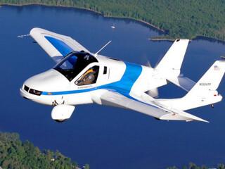 Летающий автомобиль из Словакии поступит в продажу в 2017 году